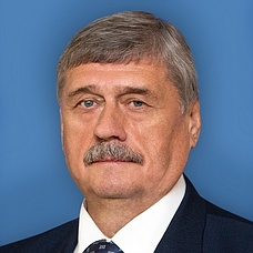 Козлов Михаил Васильевич