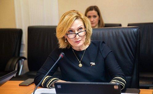 И. Святенко: Сейчас важно помочь старшему поколению, многодетным семьям исоздать благоприятные условия самоизоляции