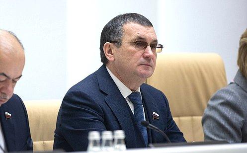 Н. Федоров принял участие втраурной церемонии прощания сА.Лукьяновым