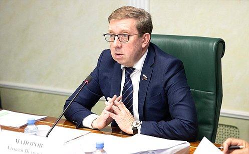 А. Майоров: Ситуация слесными пожарами— напарламентском контроле
