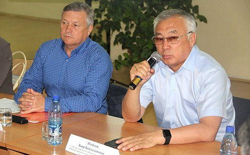 Б. Жамсуев: Необходимо активное участие представителей гражданского общества вразвитии Забайкальского края