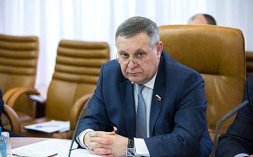 http://council.gov.ru/media/photos/large/DbA6nvAiATDPxIzX8IZ9CsjvKeOwpBsk.jpg