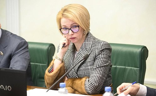 http://council.gov.ru/media/photos/large/IPgw9Plte1E7z6oEneRnKhdiWsgyilEw.jpg