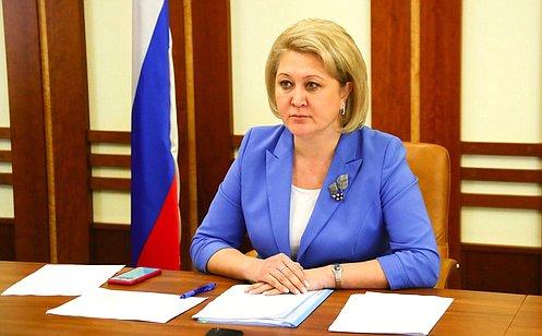 http://council.gov.ru/media/photos/large/MOg2pPsBdzrl4g1Uv2xJysOeARmxxXYE.jpg