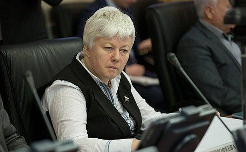 http://council.gov.ru/media/photos/large/eDEPe3Xq512r7RSzx1YAGGYjjB310qLW.jpg