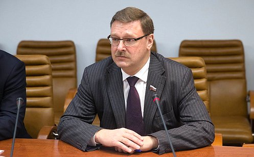 К. Косачев: Для урегулирования ситуации вЗападной Сахаре нужно двигаться политическим путем, наоснове резолюции СБ ООН