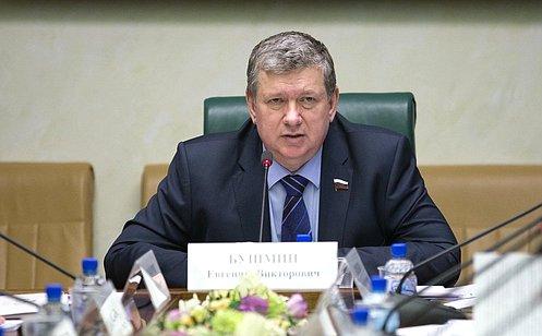 Е. Бушмин: Развитие креативных кластеров вРоссии будет способствовать повышению конкурентоспособности регионов