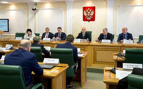 Профильный Комитет СФ рассмотрел вопрос готовности кпроведению весенних полевых работ вэтом году
