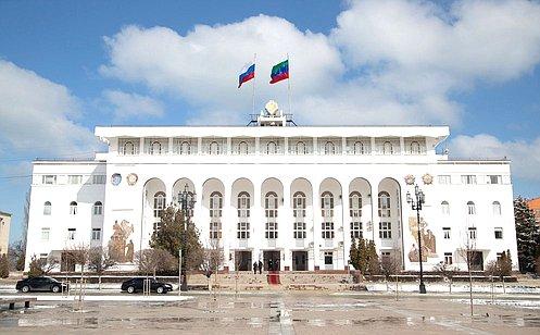 http://council.gov.ru/media/photos/large/yajL7h5VIqVWTATSd9YvCgt3ohjjEN68.jpg