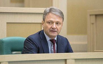 Министр сельского хозяйства А. Ткачев