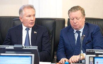 В. Пономарев иЛ. Тягачев