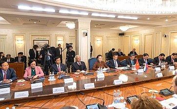 Встреча В.Матвиенко сПредседателем Национального собрания Социалистической Республики Вьетнам Нгуен Тхи Ким Нган
