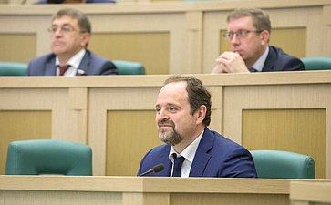 Министр природных ресурсов РФ С. Донской