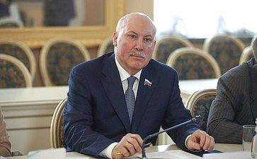 Д. Мезенцев