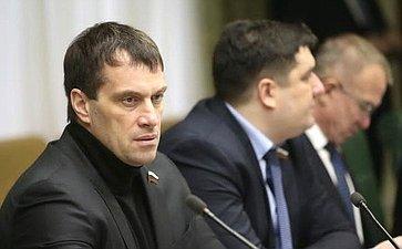 Э. Исаков обсудил развитие спортивных икросс-спортивных техник итехнологий