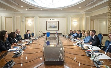Встреча В. Матвиенко сгенеральным секретарем Международной федерации футбольных ассоциаций (FIFA) Фатмой Самурой