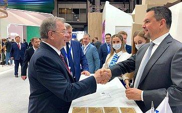 А. Артамонов принимает участие вработе XXIV Петербургского международного экономического форума