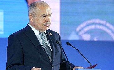 Ilyas Umakhanov attends theDevelopment ofParliamentarism International Forum