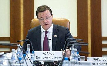 Д. Азаров