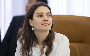 Заседание Временной комиссии поразвитию информационного общества прошло вСовете Федерации
