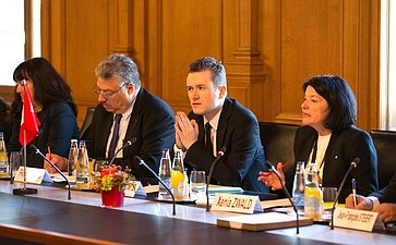 Встреча делегации СФ сПредседателем Совета кантонов Швейцарской Конфедерации Р. Контом