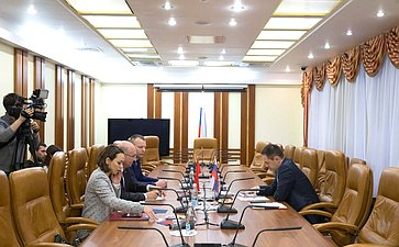 Встреча Мурата Хапсирокова сЧрезвычайным иПолномочным Послом Турецкой Республики вРФ Мехметом Самсаром
