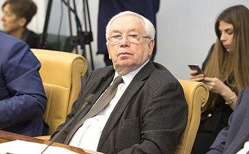 В. Лукин