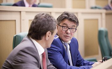 Виктор Озеров на 358 заседании Совета Федерации