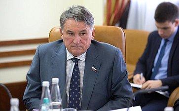 Заседание Комитета пофедеративному устройству, региональной политике, местному самоуправлению иделам Севера сучастием представителей власти Вологодской области