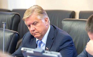 Ю. Волков