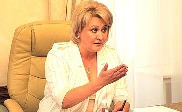Л. Гумерова провела вПравительстве Республики Башкортостан рабочее совещание повопросам обеспечения лекарствами пациентов средкими (орфанными) заболеваниями