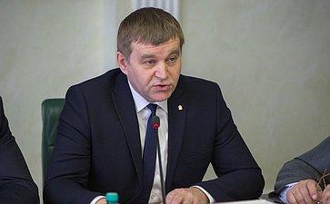 Заседание Комитета СФ поэкономической политике сучастием представителей Орловской области