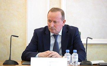 О. Баженов