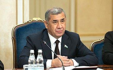 Председатель Сената Олий Мажлиса Республики Узбекистан Н. Юлдашев