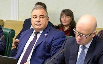 Ю. Важенин иА. Беляков