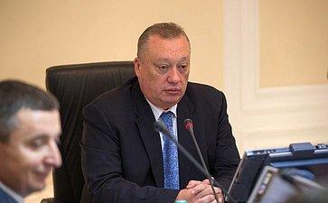 В. Тюльпанов