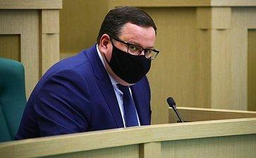 Антон Котяков