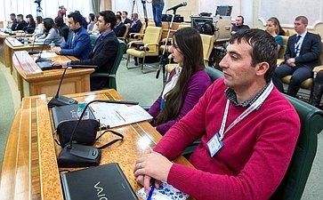 Встреча О. Морозова сучастниками пятой сессии Международного молодежного просветительского проекта «Российская школа политики»