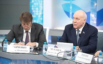 В. Кравченко иД. Мезенцев