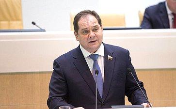 Туристическая отрасль РФ получит мощный импульс кразвитию— сенатор Р.Гольдштейн