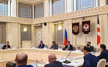 Председатель Комитета СФ поРегламенту иорганизации парламентской деятельности Вячеслав Тимченко провел расширенное совещание вИжевске