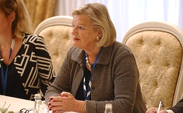 Председатель первой палаты Генеральных Штатов Нидерландов А. Брукерс-Кнол