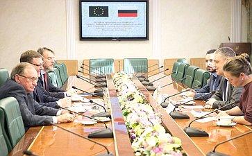 Встреча председателя Комитета СФ помеждународным делам Константина Косачева c главой Представительства Евросоюза вРоссии Маркусом Эдерером