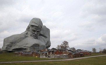 Мемориальный комплекс «Брестская крепость— герой»