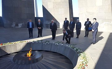 Визит делегации Совета Федерации вАрмению