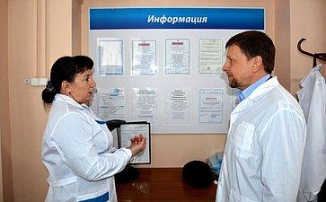 Вадим Харлов посетил испытательную лабораторию ОГБУ «Симбирский референтный центр ветеринарии ибезопасности продовольствия»