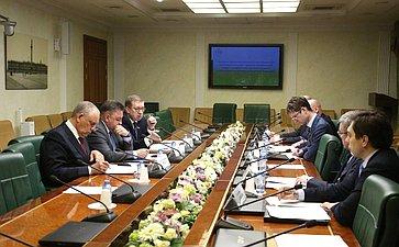 Заседание Временной комиссии СФ посовершенствованию правового регулирования всфере государственного контроля (надзора) имуниципального контроля вРоссийской Федерации