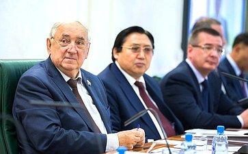 С. Киричук иА. Акимов