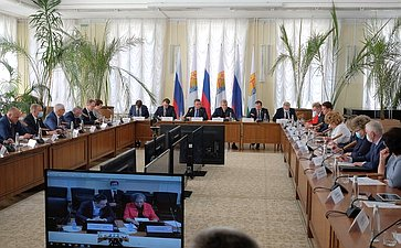 Расширенное совещание Комитета СФ совместно сВременной комиссией СФ посовершенствованию правового регулирования всфере государственного контроля (надзора) имуниципального контроля вРФ