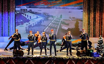 Онлайн-концерт, подготовленный кадетами Образовательного центра— кадетской школы «Корабелы Прионежья» ипосвященный Дню спасателя инаступающему Новому году